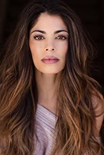 Lindsay Hartley Picture