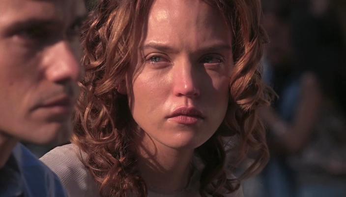 Christian Camargo and Erica Leerhsen in Ghost Whisperer (2005)