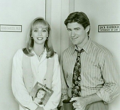 Shelley Long and Treat Williams in Good Advice (1993)
