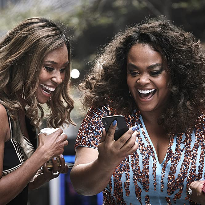 Jill Scott and Ari Montgomery in The First Wives Club (2019)