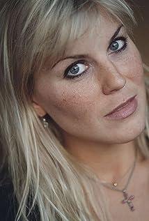 Josefin Nilsson Picture