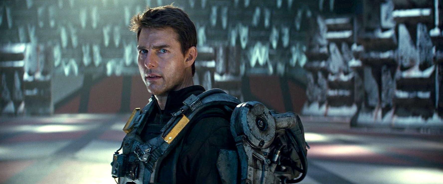 Tom Cruise dalam film Edge of Tomorrow.