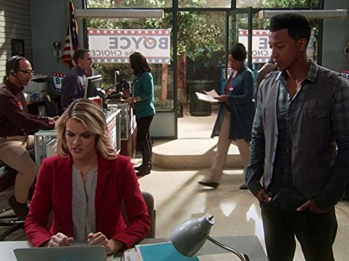 Wesley Jonathan and Missi Pyle in The Soul Man (2012)