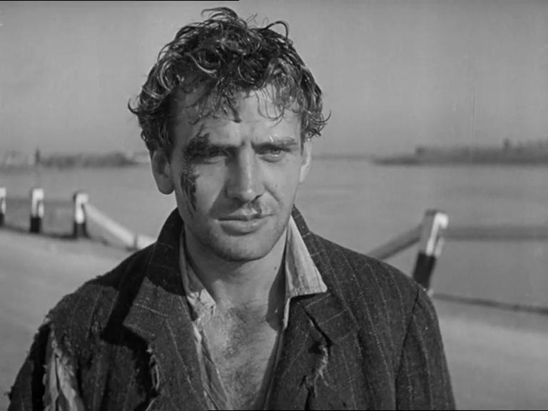Massimo Girotti in Ossessione (1943)