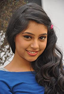 Niti Taylor Picture