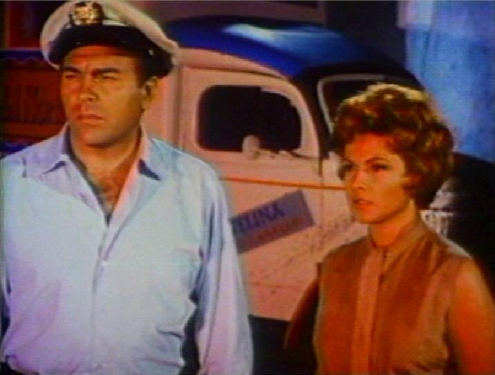 Howard Keel and Nicole Maurey in The Day of the Triffids (1963)