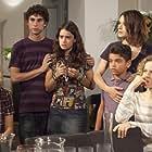 Sonia Bergamasco, Valentina Cervi, Sarah Felberbaum, and Luca Peracino in Una grande famiglia (2012)