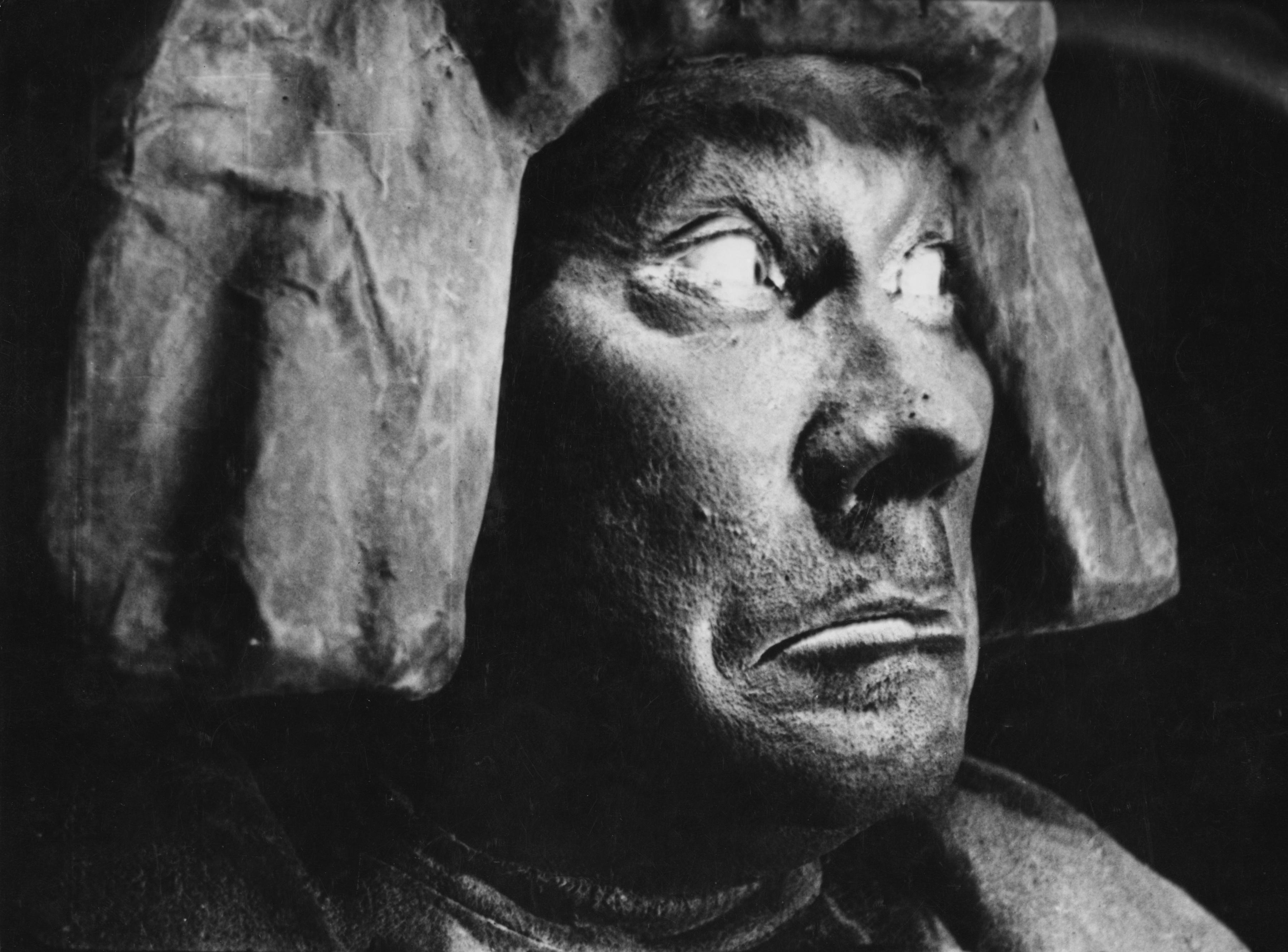 Znalezione obrazy dla zapytania golem movie 1920