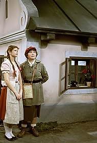 Ivana Andrlová and Libuse Havelková in Burácení s Burácem (1981)