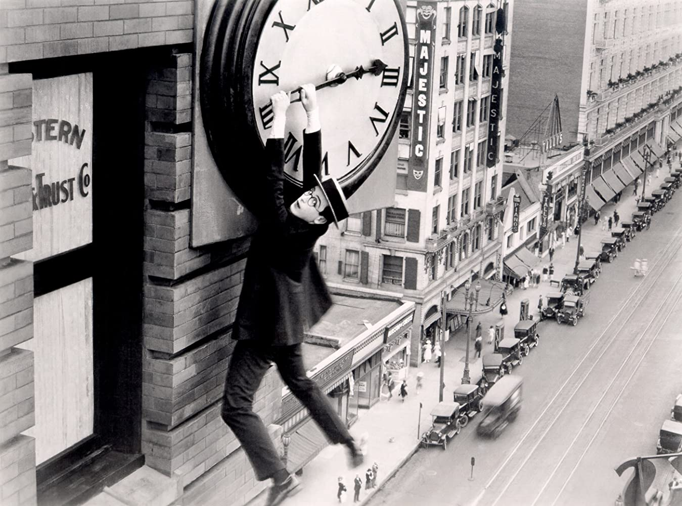 Harold Lloyd in Safety Last! (1923)