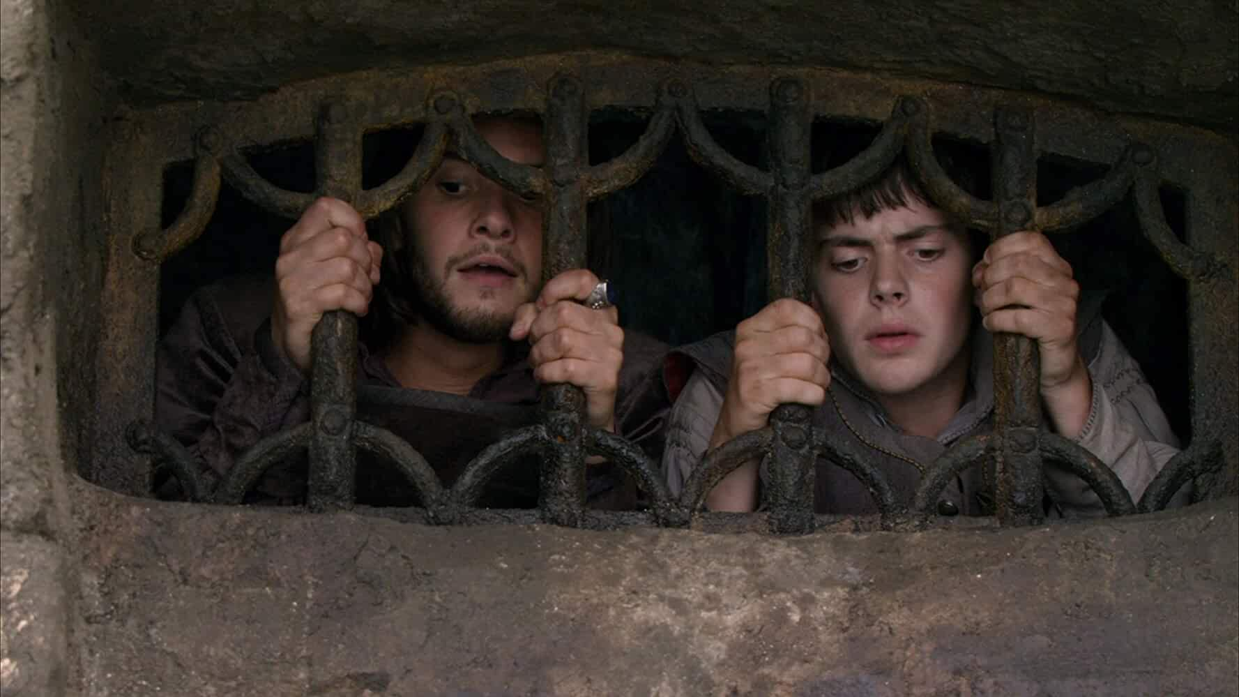 Skandar Keynes and Ben Barnes in The Chronicles of Narnia: The Voyage of the Dawn Treader (2010)