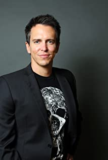 Jason Eric Perlman Picture