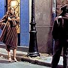 Richard Berry and Dominique Sanda in Une chambre en ville (1982)