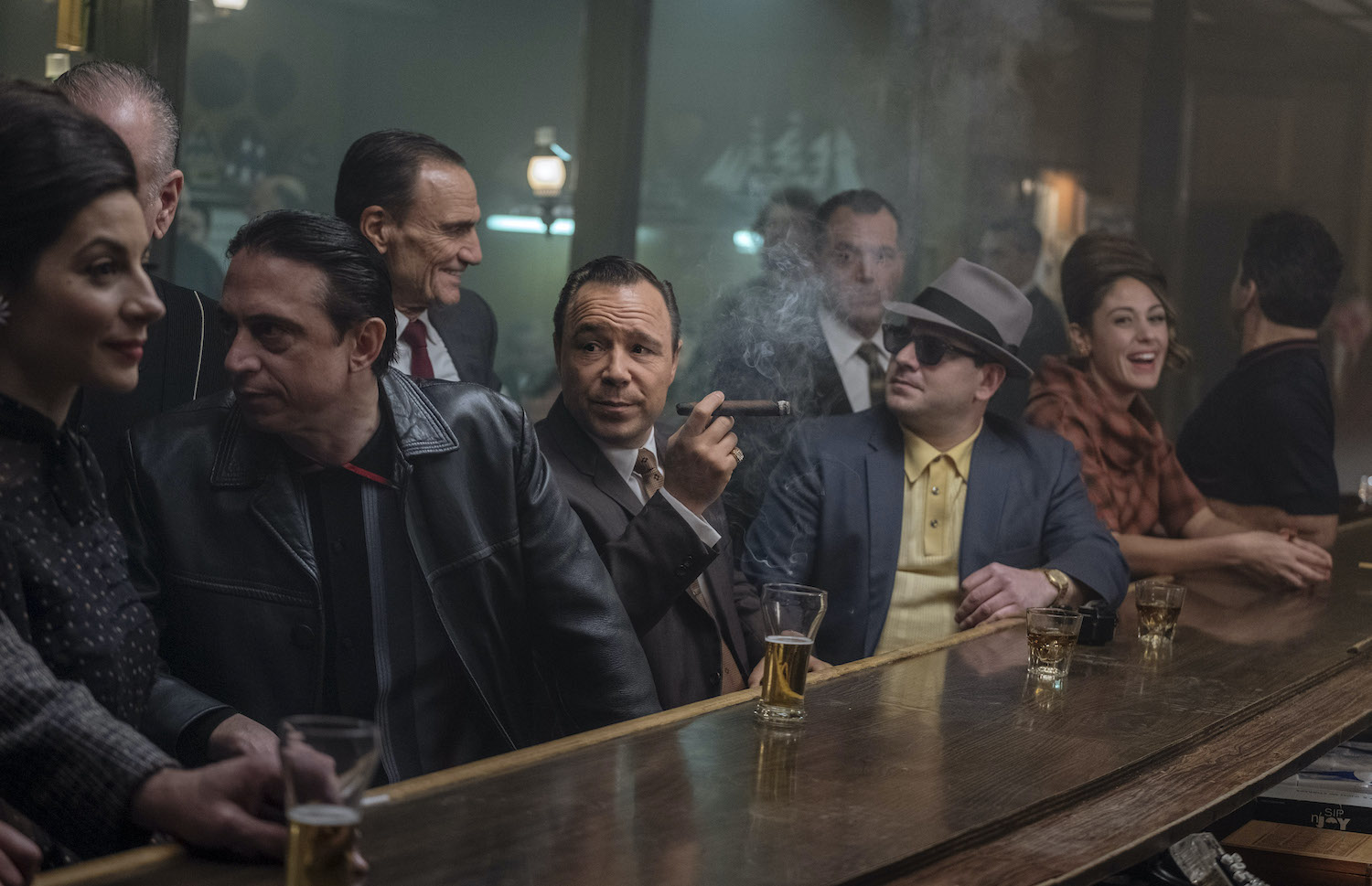 Stephen Graham and Al Linea in The Irishman (2019)