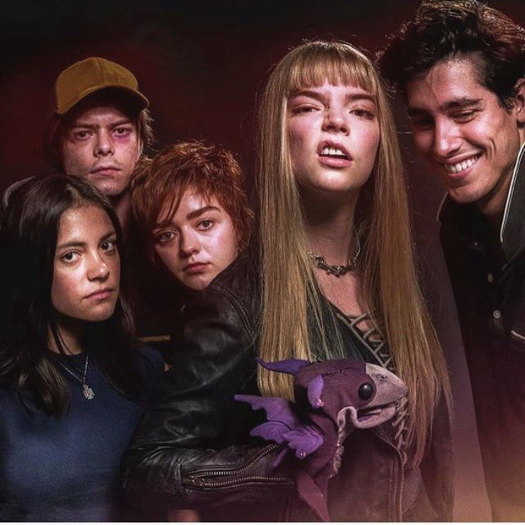 Maisie Williams, Anya Taylor-Joy, Charlie Heaton, Henry Zaga, and Blu Hunt in The New Mutants (2019)