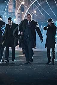 Drew Powell and Robin Lord Taylor in Gotham (2014)