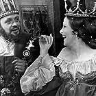 Anthony Hopkins and Judy Parfitt in Hamlet (1969)