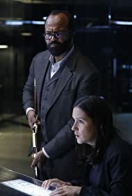 Shannon Woodward and Jeffrey Wright in Westworld (2016)