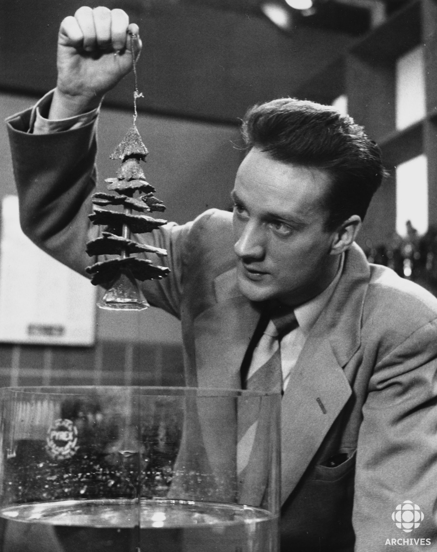 Marc Favreau in La Science en Pantoufles (1954)