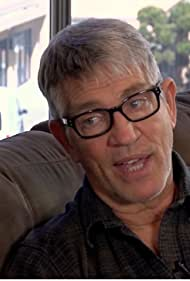 Eric Roberts in Hollywood Health Report (2013)