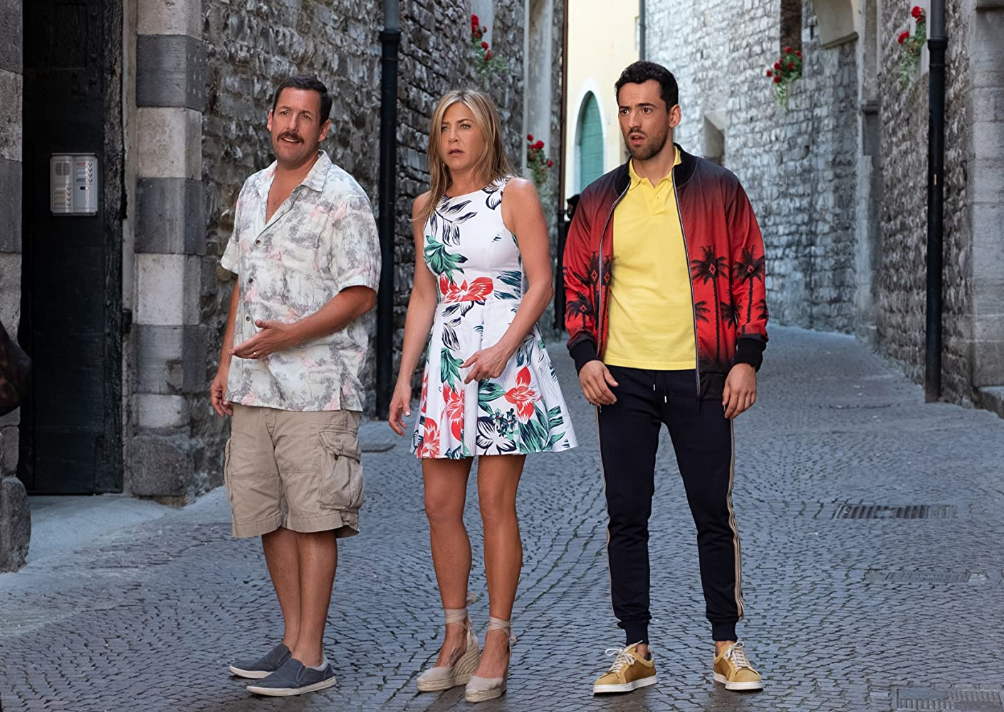 Jennifer Aniston, Adam Sandler, and Luis Gerardo Méndez in Murder Mystery (2019)