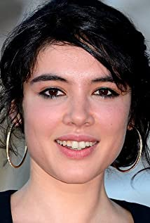 Victoire Bélézy Picture