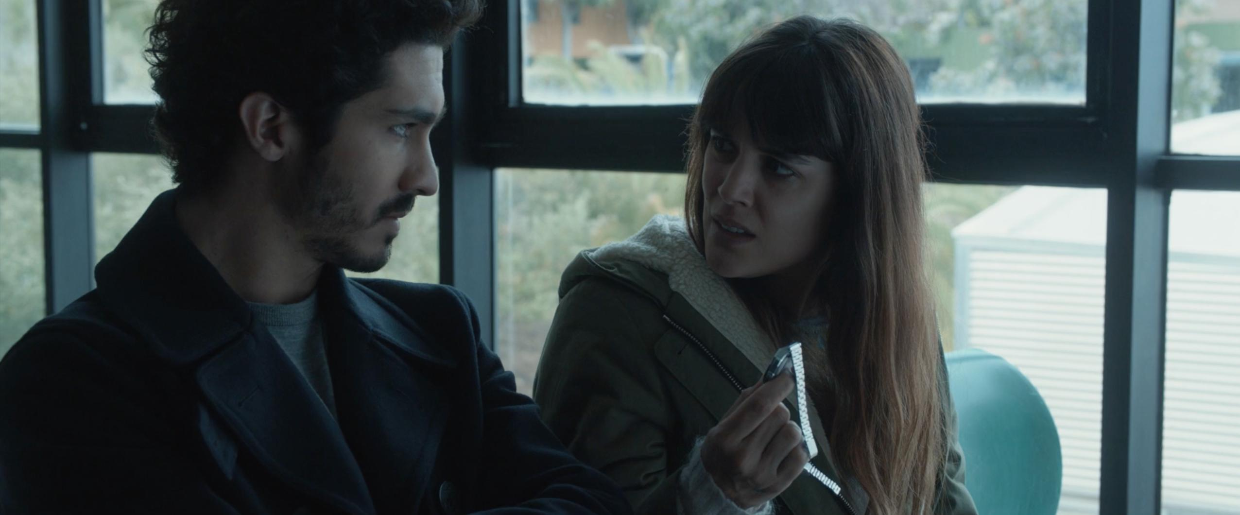 Adriana Ugarte and Chino Darín in Durante la tormenta (2018)