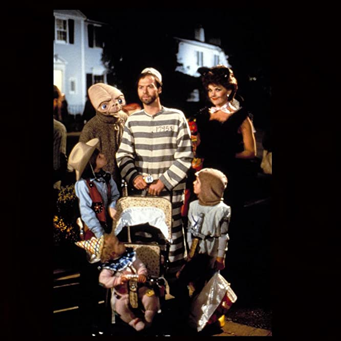 Michael Keaton, Taliesin Jaffe, Ann Jillian, and Frederick Koehler in Mr. Mom (1983)