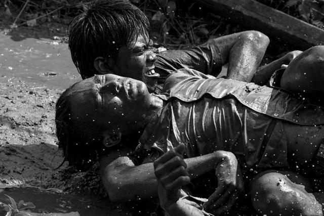Một cảnh khắt nghiệt trong phim Ròm