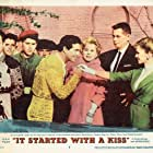 Glenn Ford, Eva Gabor, Debbie Reynolds, and Gustavo Rojo in It Started with a Kiss (1959)