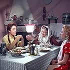 Annie Ball, Pamfili Sadorinaiou, and Rena Vlahopoulou in Protevousianikes peripeteies (1956)
