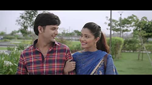 Jigar, an independent, carefree, insurance agent falls in love with Shruti. Soon he realizes that love is not eternal but it comes with an expiry date.