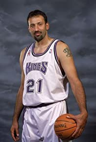 Primary photo for Vlade Divac