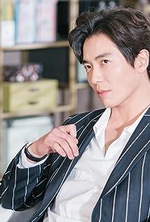 Kim Jae-Wook Picture