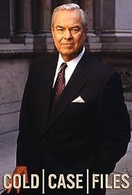Bill Kurtis in Cold Case Files (1999)