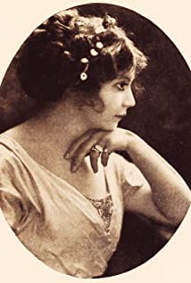 Camille Astor Picture