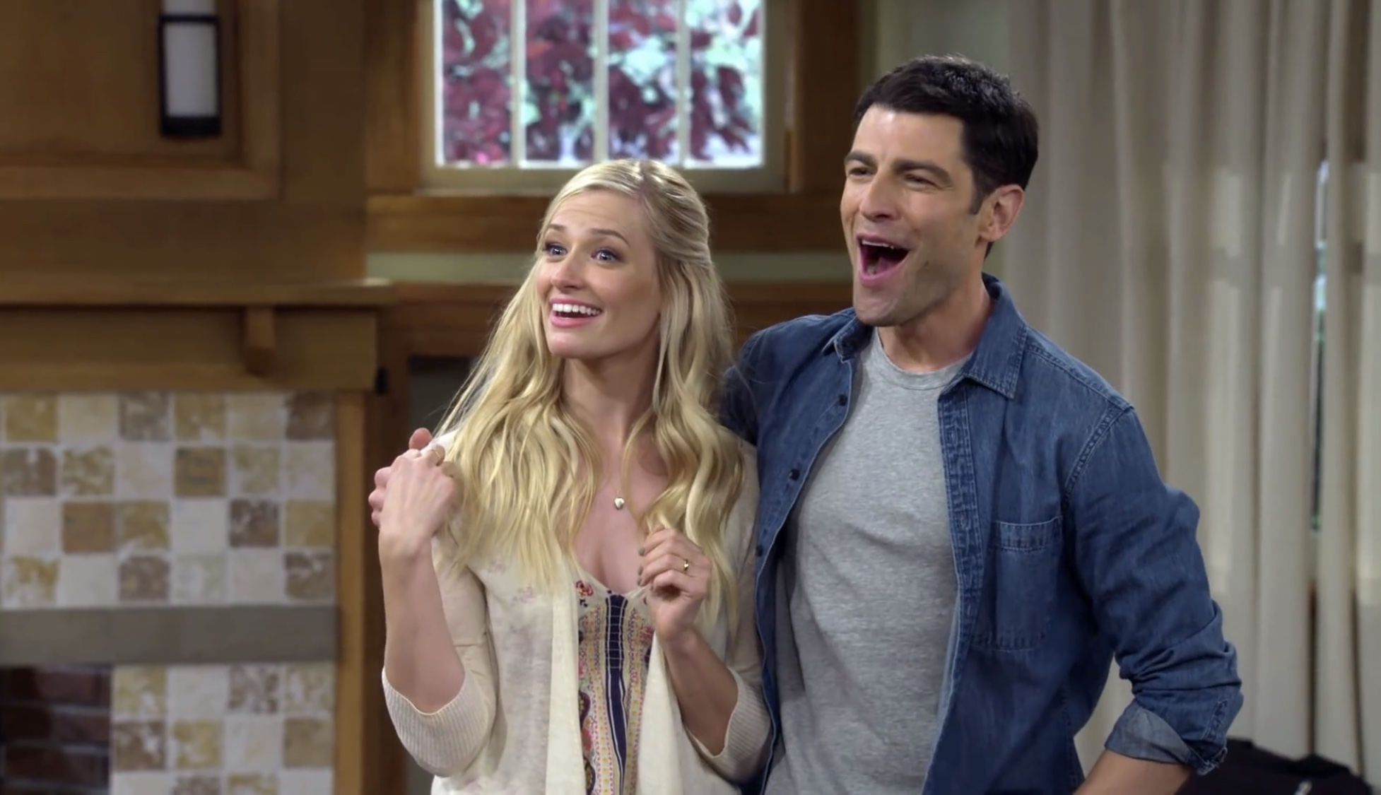 Max Greenfield and Beth Behrs in The Neighborhood (2018)