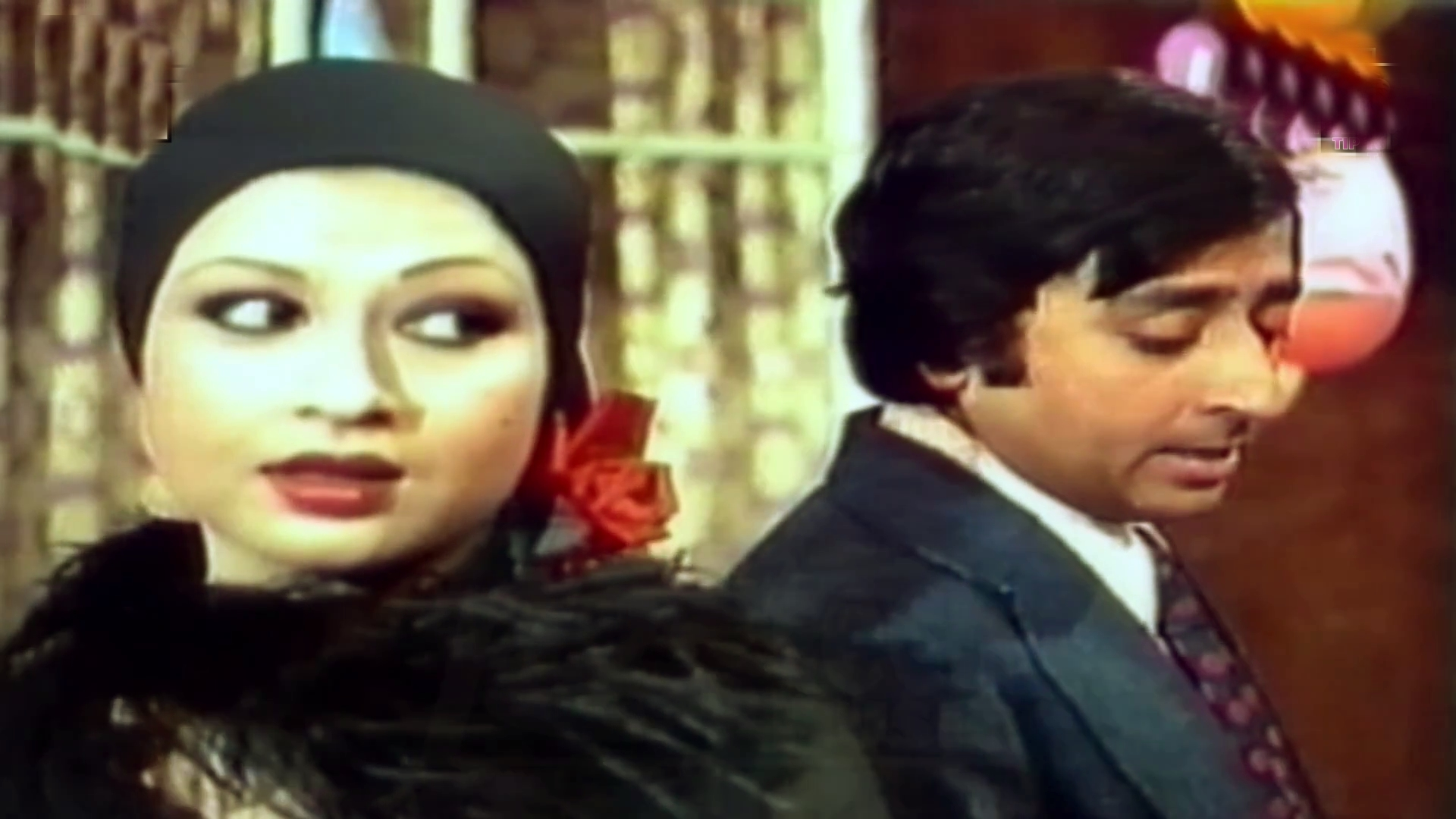 Shabnam and Nadeem Baig in Aina (1977)