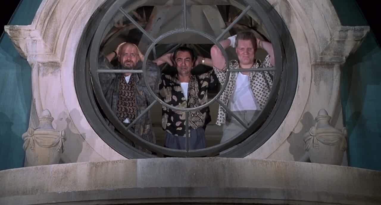 Joe Mantegna, Joe Pantoliano, and Brian Haley in Baby's Day Out (1994)