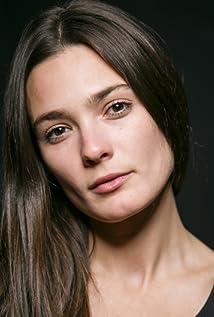Lorina Kamburova Picture