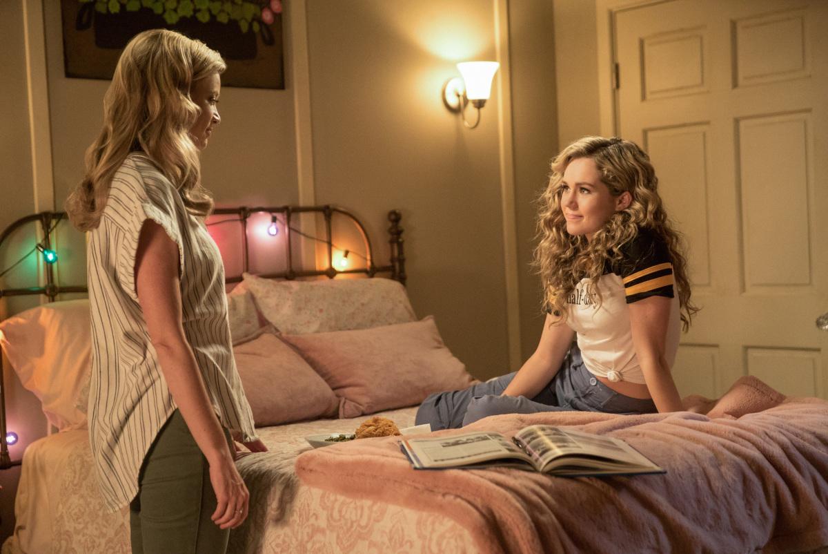 Amy Smart and Brec Bassinger in Stargirl (2020)