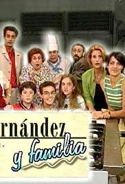Fernández y familia Poster