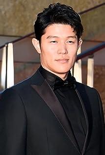 Ryôhei Suzuki Picture