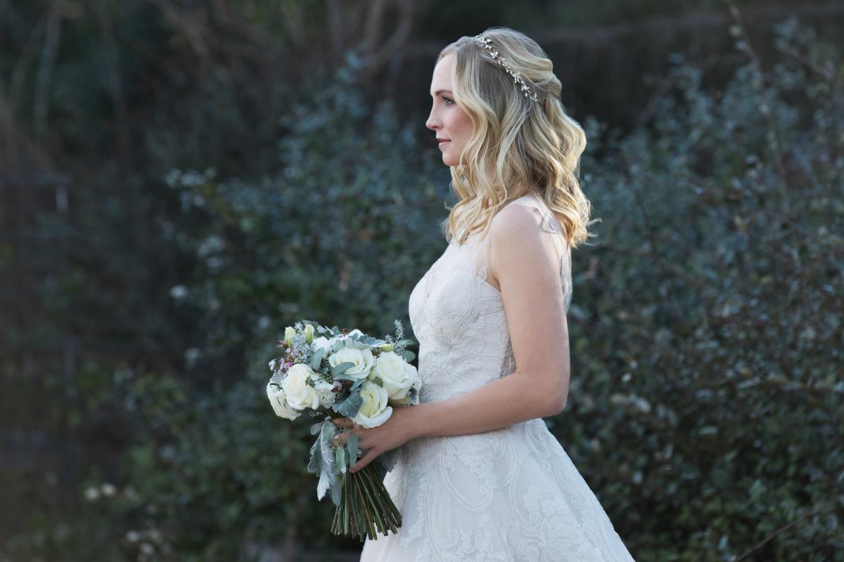 Candice King dalam The Vampire Diaries (2009)
