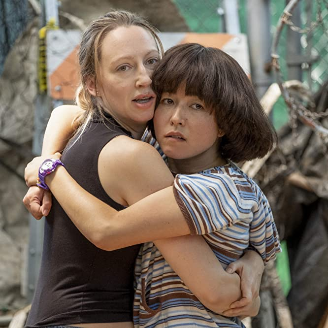 Maya Erskine and Anna Konkle in PEN15 (2019)