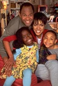 Bobby E. McAdams II, Wendy Raquel Robinson, Rondell Sheridan, and Camille Winbush in Minor Adjustments (1995)
