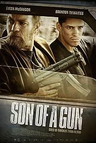 Ewan McGregor and Brenton Thwaites in Son of a Gun (2014)