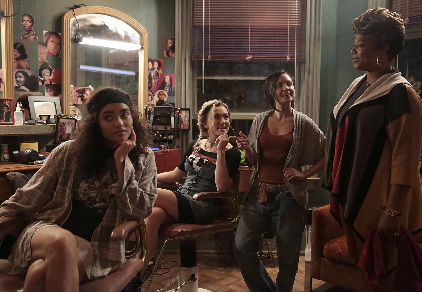 Queen Latifah, Sharlene Taulé, Jude Demorest, and Brittany O'Grady in Star (2016)