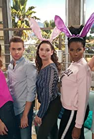Ryland Adams, Chelsea London Lloyd, and Zoë Lillian in Clevver Now (2016)