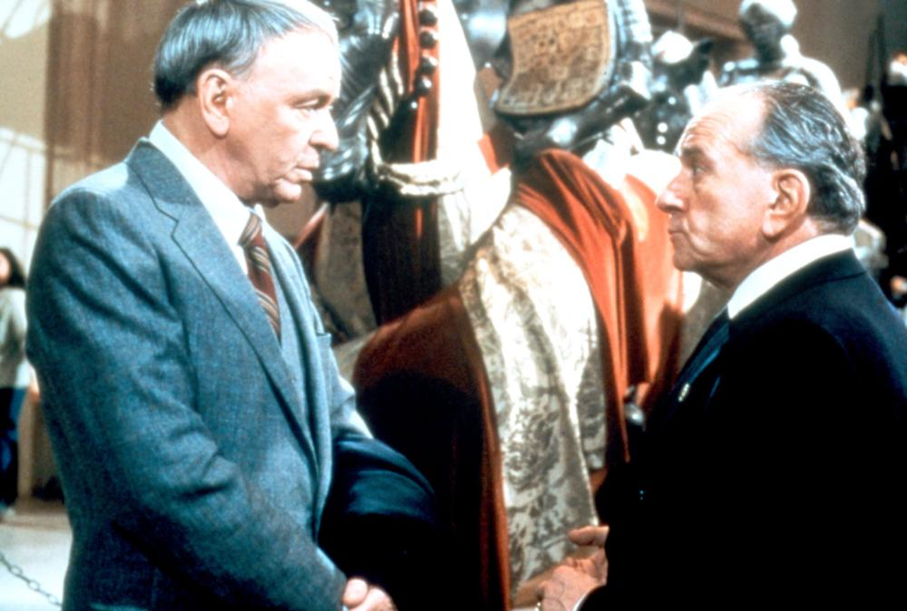 Frank Sinatra and Martin Gabel in The First Deadly Sin (1980)